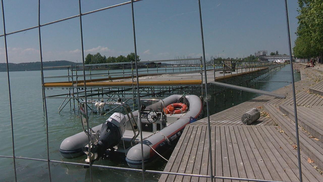 Épülnek a vizes világbajnokság ideiglenes létesítményei