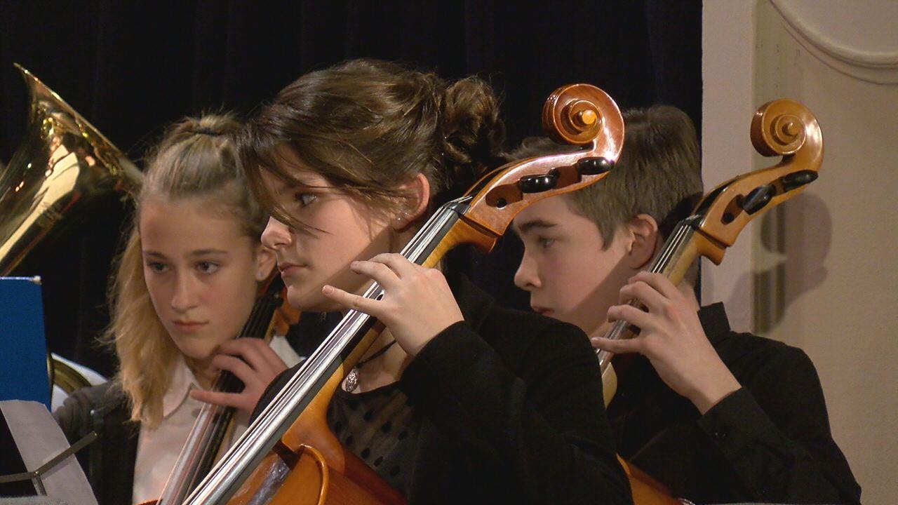 Újév köszöntő hangverseny helyi zeneiskolásokkal