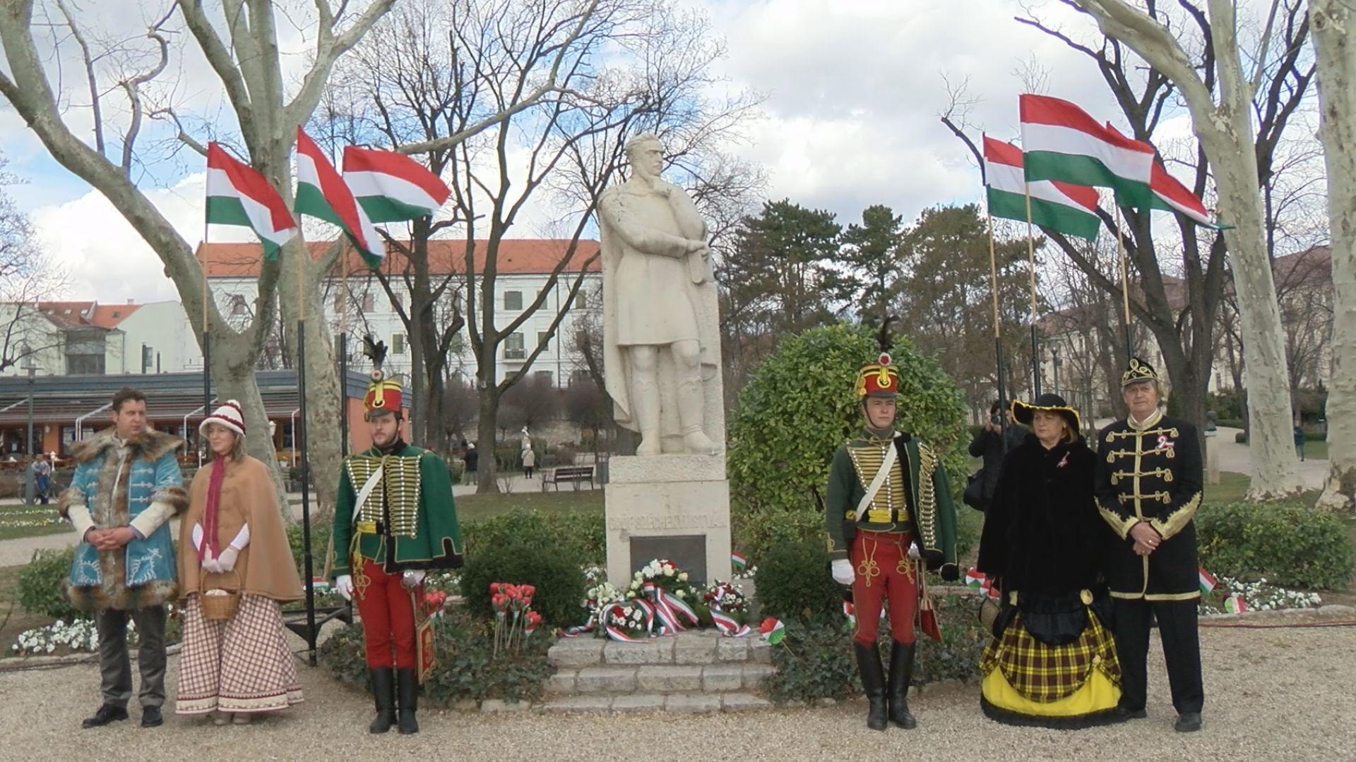 Balatonfüreden is megemlékeztek a márciusi ifjakról