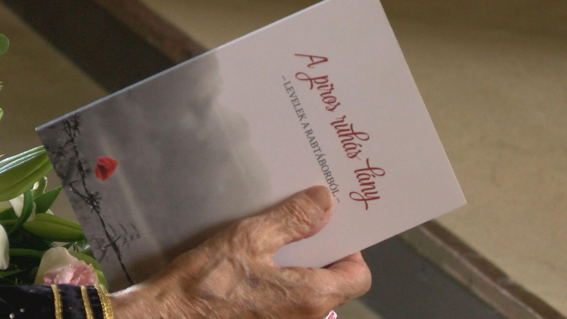 Egy rab levelei a piros ruhás lányhoz -könyvbemutató