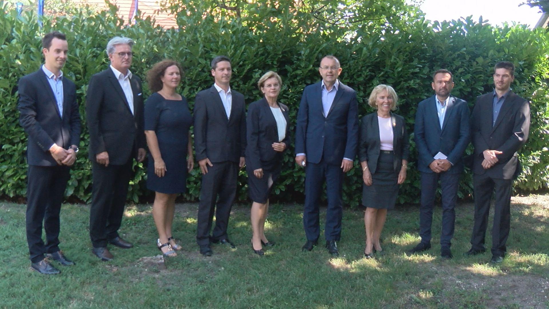 Bemutatta önkormányzati képviselő-jelöltjeit a FIDESZ-KDNP