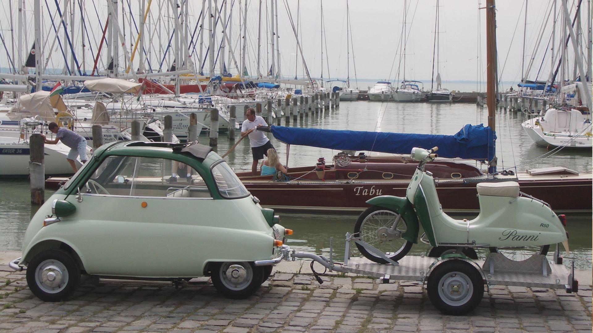 Klasszikus hajók és autók találkozója