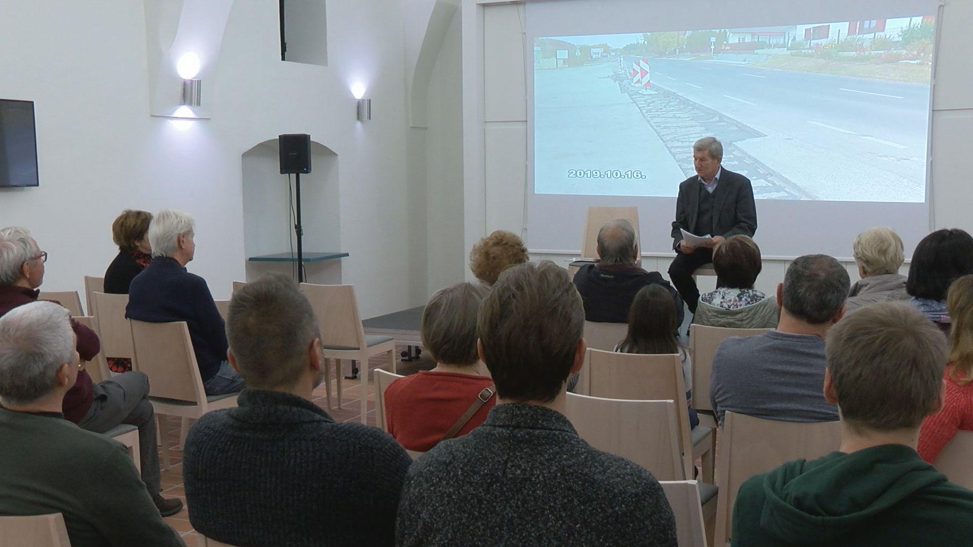 Gőcze Tibor előadása a vízről