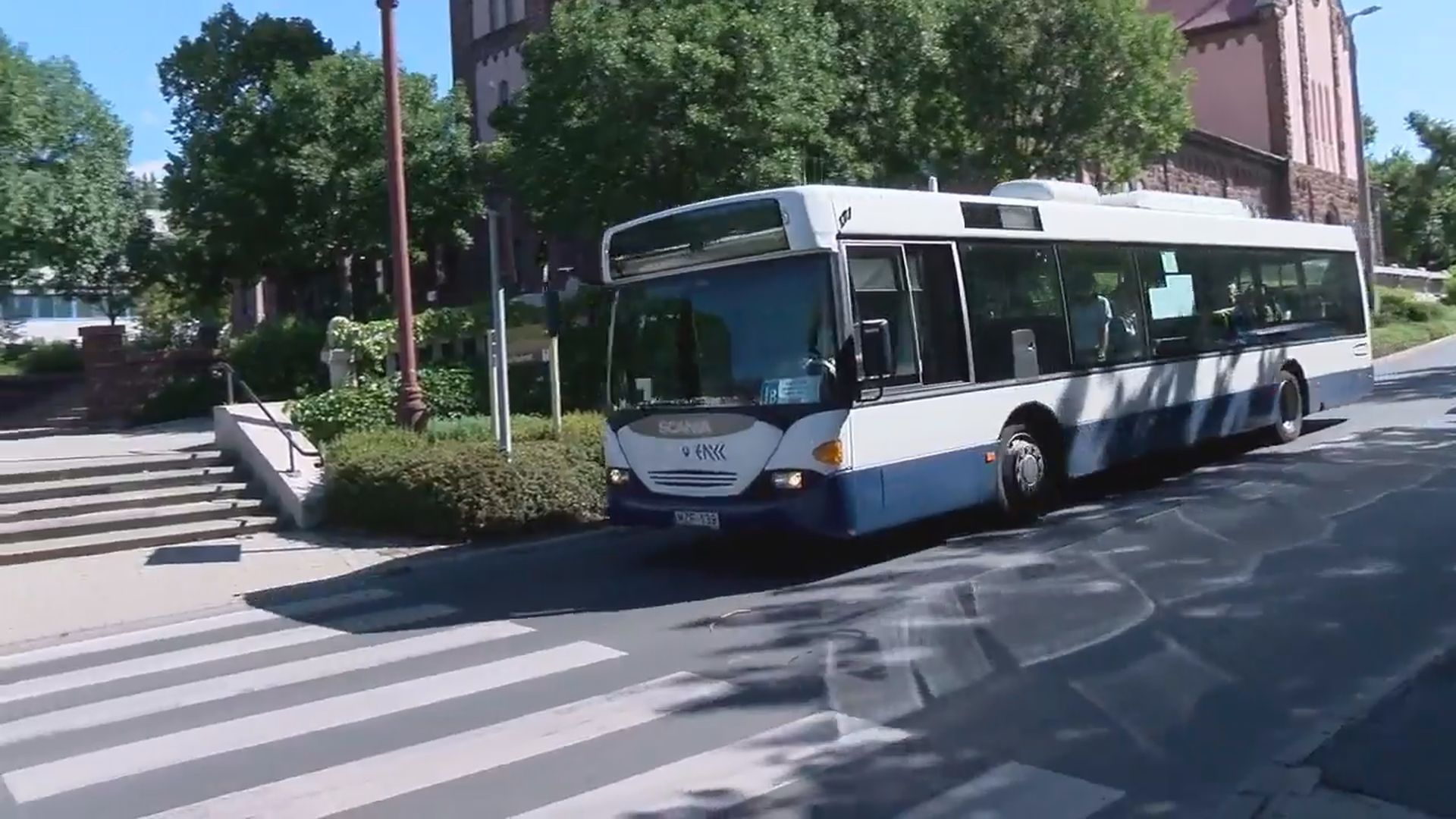 Kevesebb helyijárat közlekedik Füreden a koronavírus miatt
