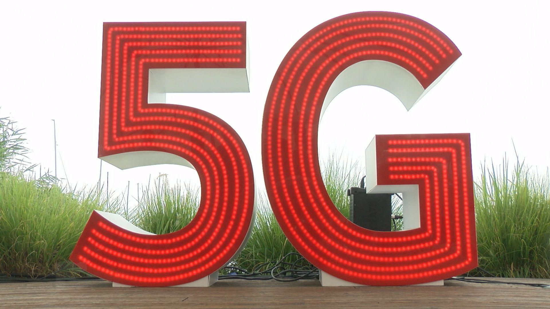 Még ebben a hónapban elindul az 5G mobilhálózat Balatonfüreden